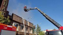 یک ساختمان قدیمی در خیابان سعدی طعمه حریق شد