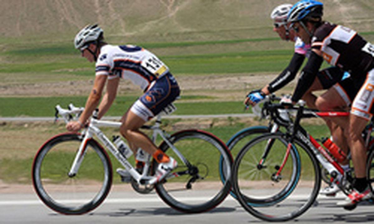 دعوت دوچرخه سوار مشگین شهری به اردوی تیم ملی