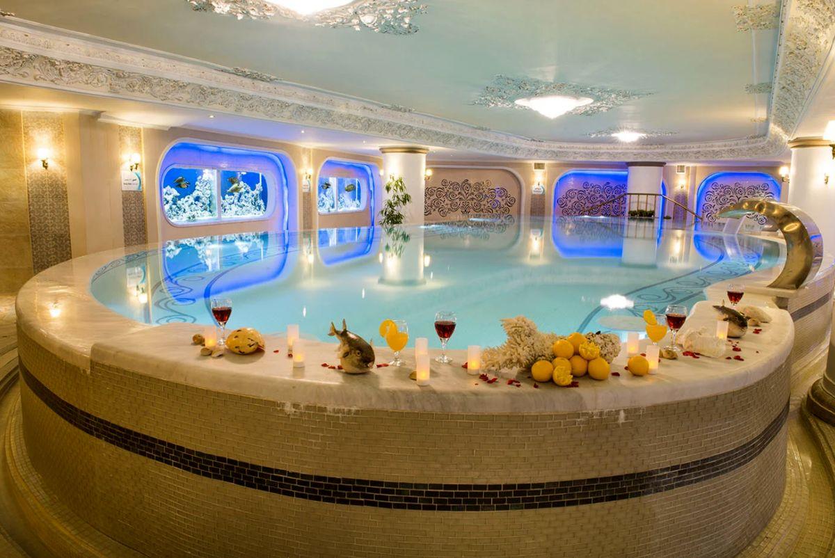 اقامت در هتل شگفت انگیز قصر طلایی مشهد