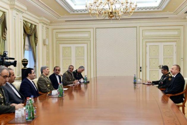 وزیر دفاع کشورمان با رئیس جمهور آذربایجان دیدار کرد
