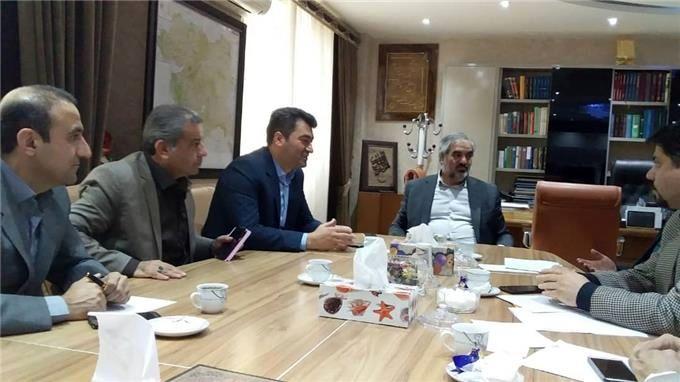 کردستان ایران پایگاە و خانەی همە کردهای دنیا است