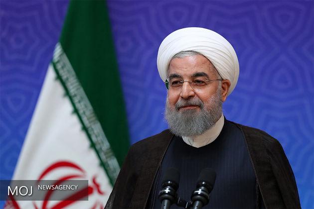 روحانی: امیدوارم با تلاش تمامی دولتها، صلح و آرامش را به کشورهای اسلامی بازگردانیم