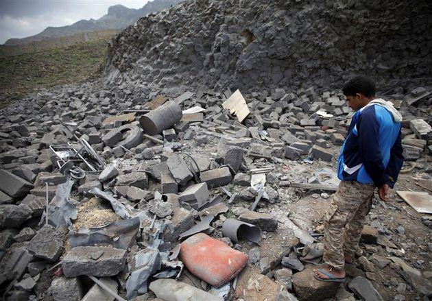 هر ماه دستکم 100 نفر در جنگ یمن کشته می شوند