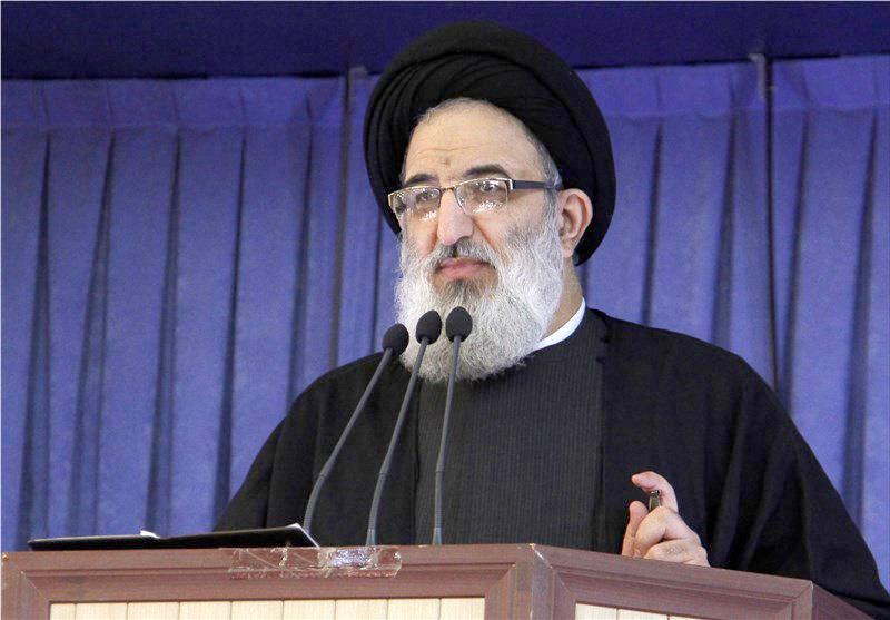انتقاد آیتالله حسینی همدانی به برخی انتصابات در استان البرز