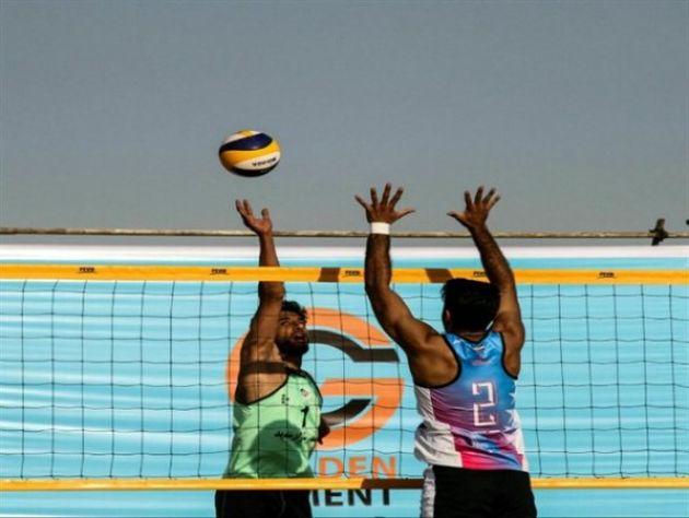 برگزاری مسابقات والیبال ساحلی ویژه شهروندان در بندرعباس