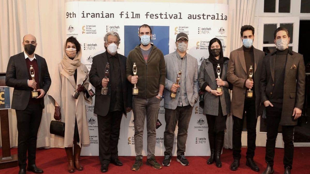 کسب جایزه محسن تنابنده از جشنواره فیلمهای ایرانی استرالیا