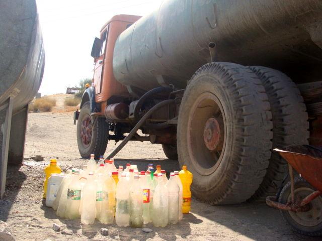 آغاز اجرای فاز دوم آبرسانی از سد سهران به روستاهای بشاگرد