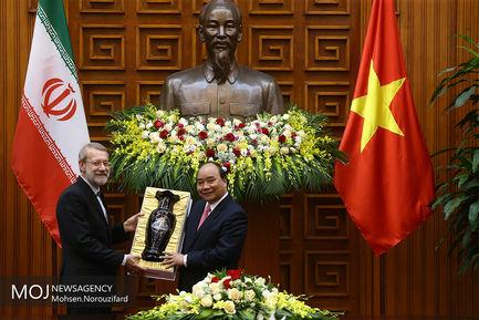 سفر علی لاریجانی به ویتنام