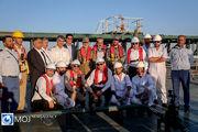 بازدید فرمانده قرارگاه پدافند از نفتکشهای اسکله تی در جزیره خارک