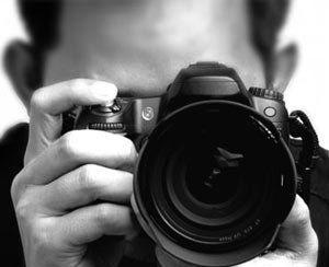 یک عکاس از فهرست شرکتکنندگان پنجمین جایزه عکس شید حذف شد