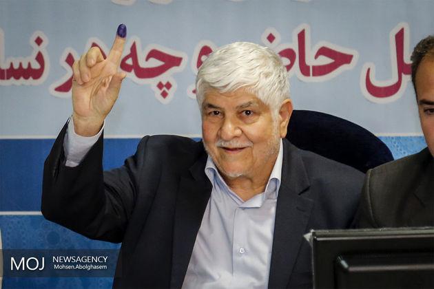 با شعار نمیتوان کار اقتصادی کرد/ روحانی که کشور را تحویل گرفت شرایط بسیار بد بود