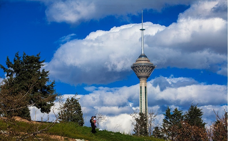 شاخص هوای تهران 89 و در شرایط سالم قرار دارد