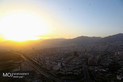 شهر تهران از فراز برج میلاد/کیفیت هوای تهران