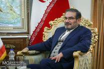 مشاور مکرون با دبیر شورای عالی امنیت ملی دیدار می کند