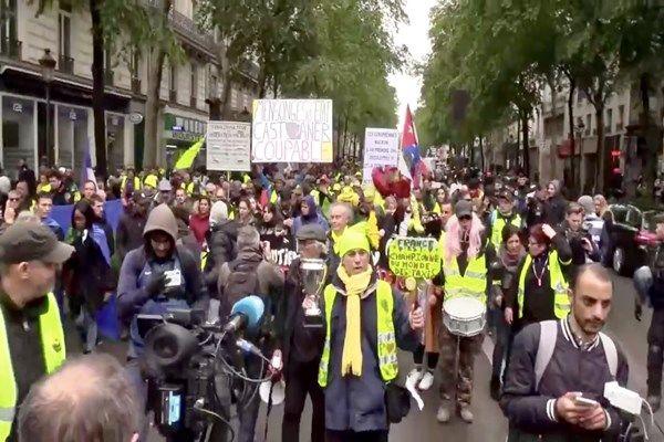 بیست و پنجمین شنبه اعتراض در فرانسه برگزار شد