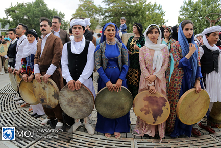 آوای دوستی دف نوازان ایران در کردستان