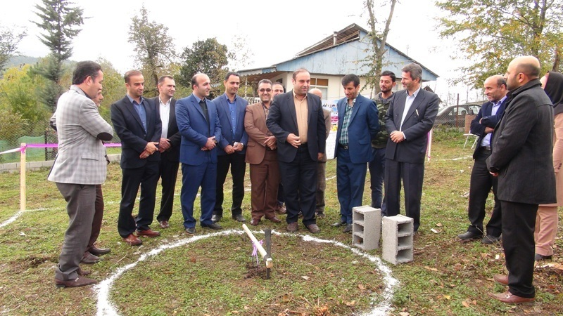 آئین کلنگ زنی اولین طرح اقامتگاه بوم گردی در شهرستان رضوانشهر