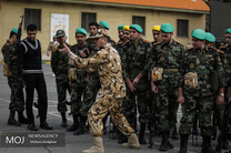 دشمن میداند از طریق حمله نظامی کاری را پیش نمیبرد/ دشمن به دنبال ایجاد دو دستگی در کشور است
