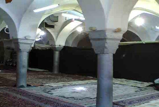 پایان عملیات مرمت مسجد تاریخی خمینی شهر