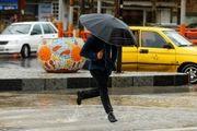 مردم در صورت نیاز به کمک با 125 تماس بگیرند / تگرگ و باران سر تا پای تهران را شلاق زد