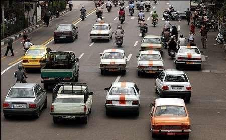 پنهان کاری برخی رانندگان تاکسی تلفنی در سایه نبود کارت تردد
