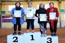 3 بانوی اصفهانی بر روی سکوهای قهرمانی مسابقات تنیس  کشور