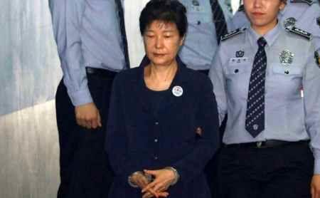 رئیس جمهور مخلوع کره جنوبی اتهاماتش را رد کرد