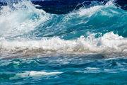 شناورهای سبک از تردد دریایی در محدوده شرق تنگه هرمز خودداری کنند
