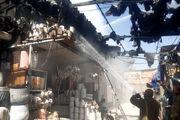 حریق در بازار گل محلاتی/ آتش به ۲۰ غرفه سرایت کرد +عکس