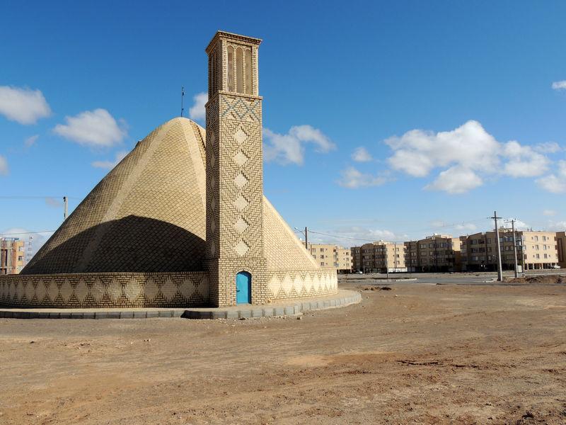 احداث آب انبار برای تامین پایدار آب شرب مسکن مهر در نائین