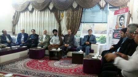 دیدار مجمع نمایندگان استان اصفهان با خانواده شهید حججی