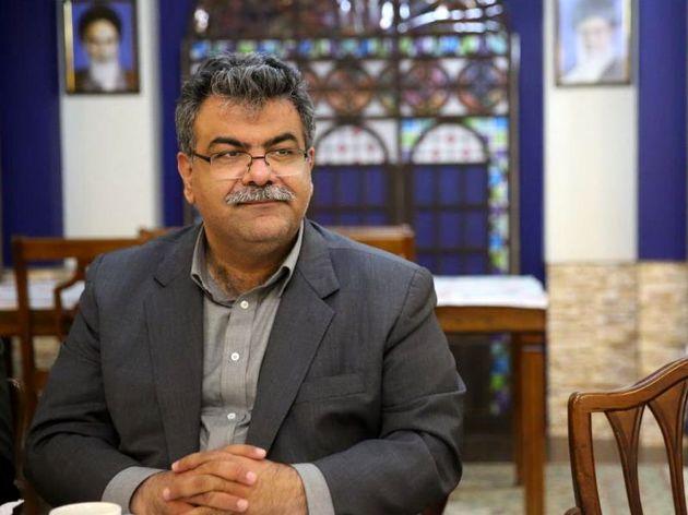نسبت به تبدیل وضعیت پرسنل شرکتی شهرداری کرمانشاه خوشبینم