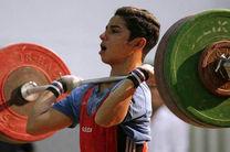 نیکومنش: وزارت ورزش و فدراسیون تا بحال کمکی به باشگاه ها نکرده