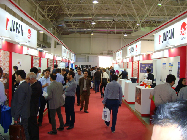 بازدید بدون واسطه 600 تاجر خارجی از تولیدات ایران