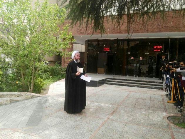 محسن غرویان وارد وزارت کشور شد