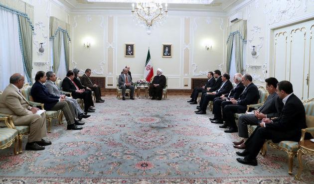 توسعه و تقویت روابط با همسایگان از اولویت های سیاست خارجی ایران است