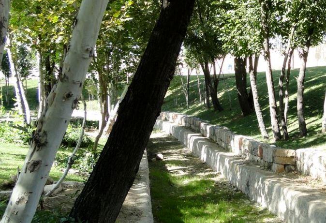 اجرای طرح شناسنامهدار شدن باغات کرمانشاه در 400 محوطه