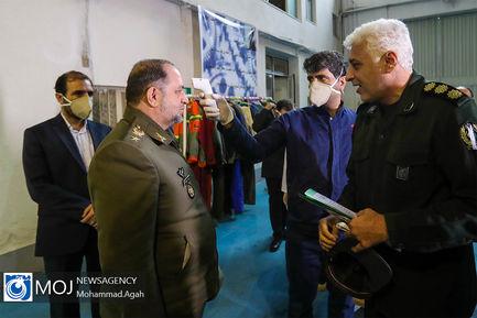بازدید مدیران وزارت دفاع از خطوط تولیدی مواد ضد عفونی کننده