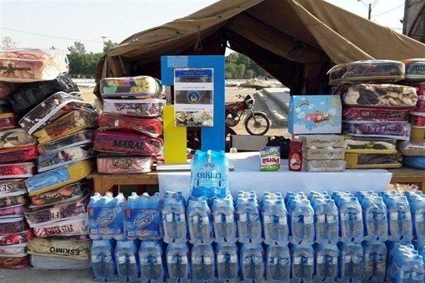 کمک های صیادان قشمی به مناطق سیل زده جاسک ارسال شد