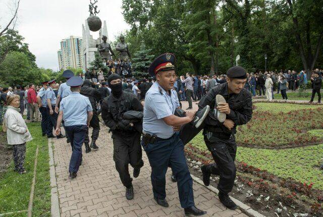 ادامه ناآرامی ها در قزاقستان / بازداشت 4000 معترض