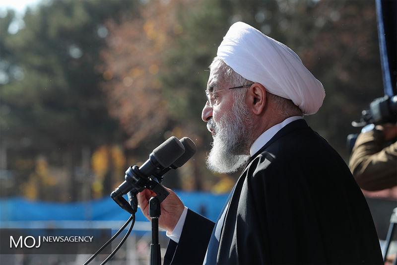 روحانی وارد فرودگاه بجنورد شد