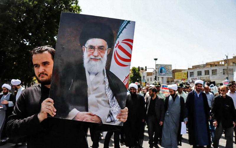 40 نفر از آزادگان تهران با اولین رالی خانوادگی به یزد آمدند