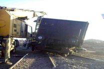 یک  قطار باری در خوزستان  از مسیر خارج شد