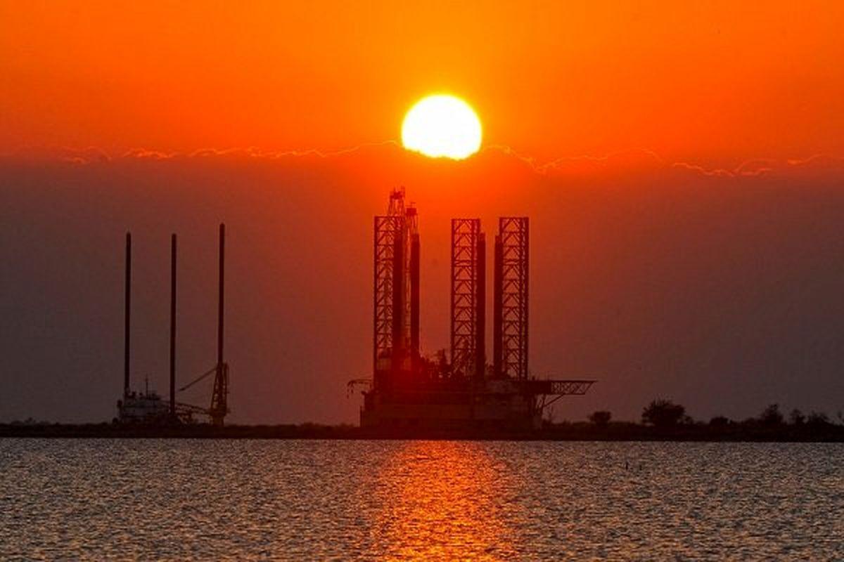 قیمت نفت بیش از ۳ درصد جهش کرد