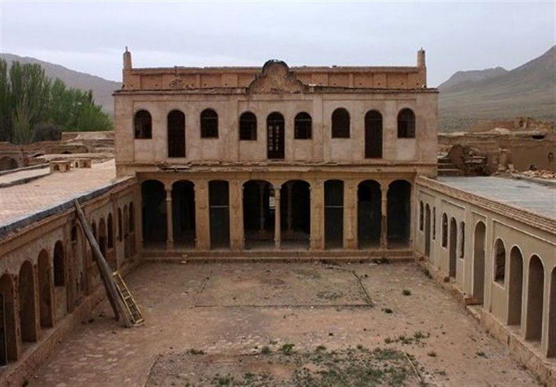 مرمت 40 بنای تاریخی در شهرستان های غرب استان اصفهان