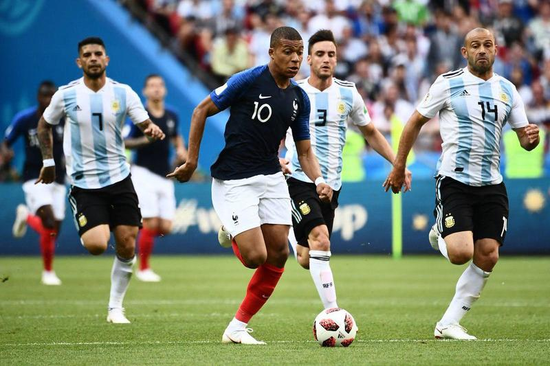 تساوی فرانسه و آرژانتین در نیمه نخست