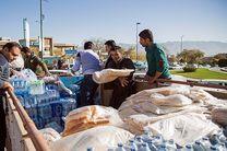 ارسال کمکهای بسیجیان آزادشهر به مناطق زلزلهزده 