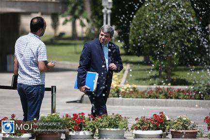 حاشیه جلسه هیات دولت - ۱۲ تیر ۱۳۹۸