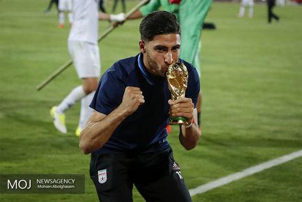 جشن+صعود+به+جام+جهانی+روسیه+در+پایان+بازی+ایران+و+ازبکستان