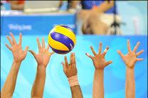 تیم والیبال امید پسران استان روی سکوی قهرمانی ایستاد